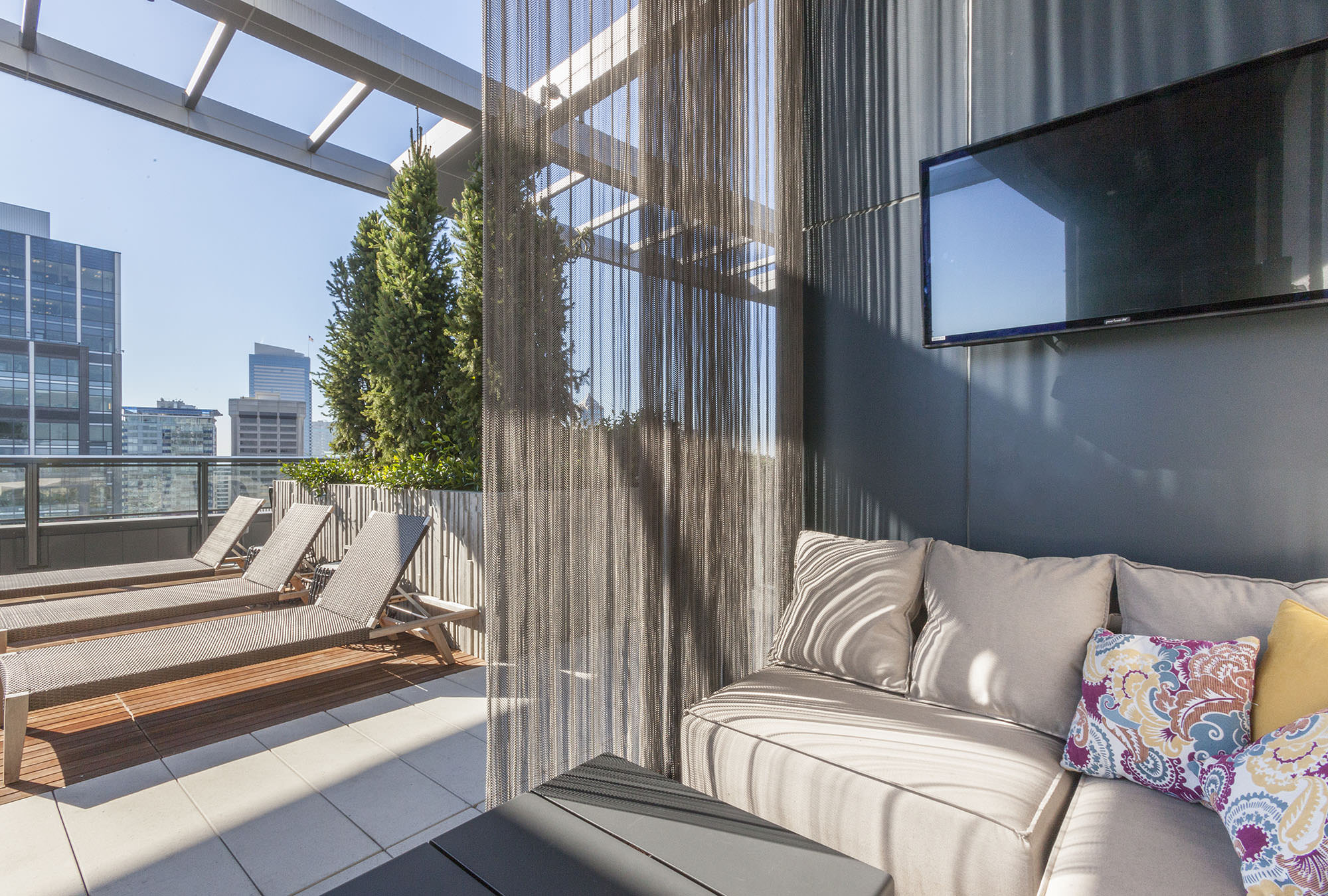 Cirrus residential tower rooftop lounge