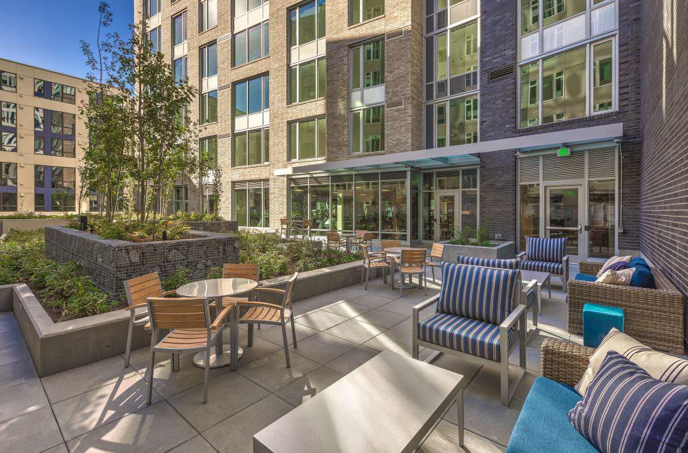 Ascent SLU courtyard